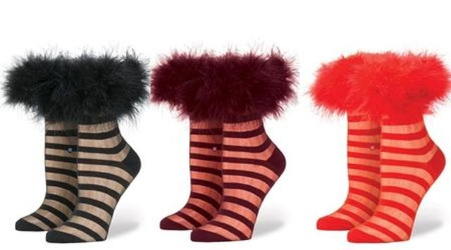 画像2: ファー、リボン、サンタ...リアーナのコラボ靴下にホリデーコレクションが追加!