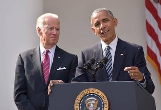 画像: バイデン副大統領(左)はオバマ大統領を8年間支えてきた
