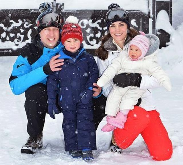 画像: 2016年にはフランスに家族でスキー旅行へ。