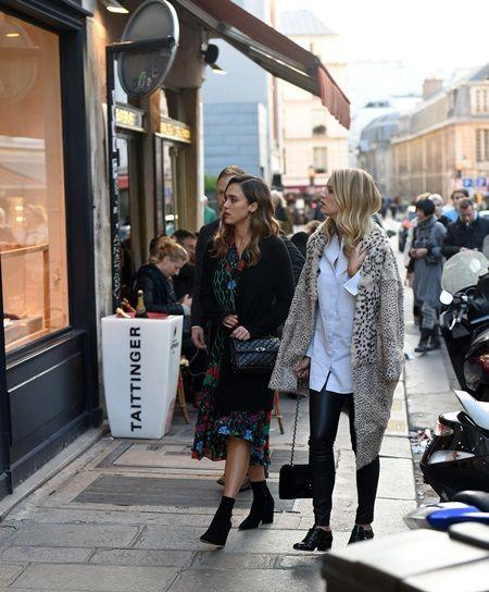 画像: おしゃれなお店が並ぶマレ地区は、ウィンドウショッピングだけでも楽しい。