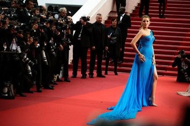 画像: 妊娠中のブレイク・ライヴリーの着こなしがカンヌ映画祭の話題を独占!