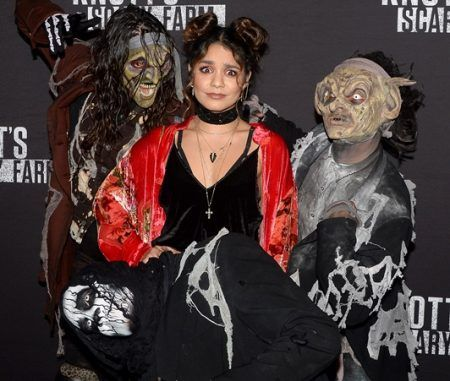 画像: 女優のヴァネッサ・ハジェンズは昨年に続き2年連続でオープニングイベントに参加。