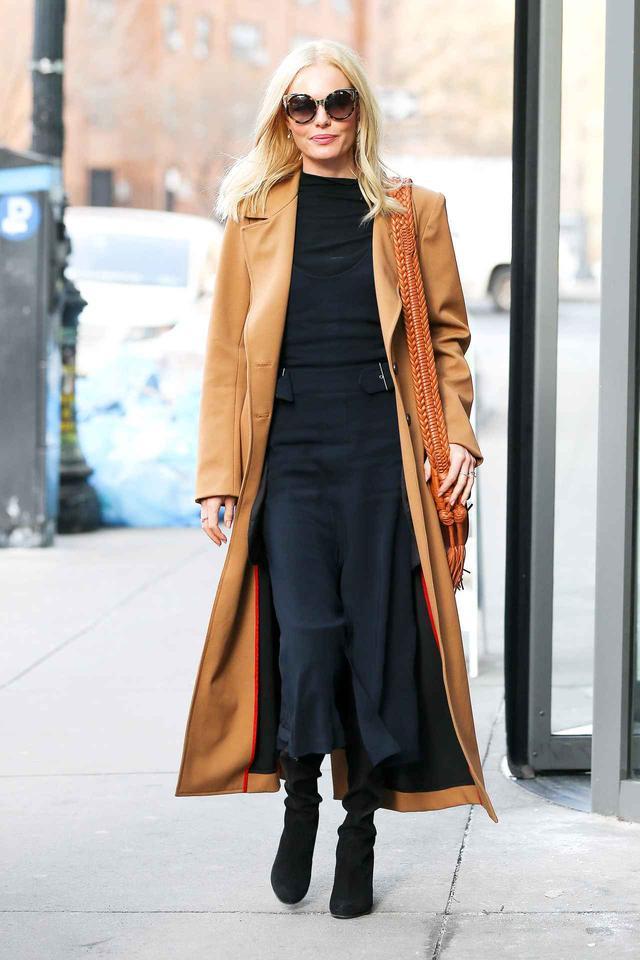 画像6: 寒くても着たい!秋冬のミディ丈スカートでも暖かく着こなす足元テク