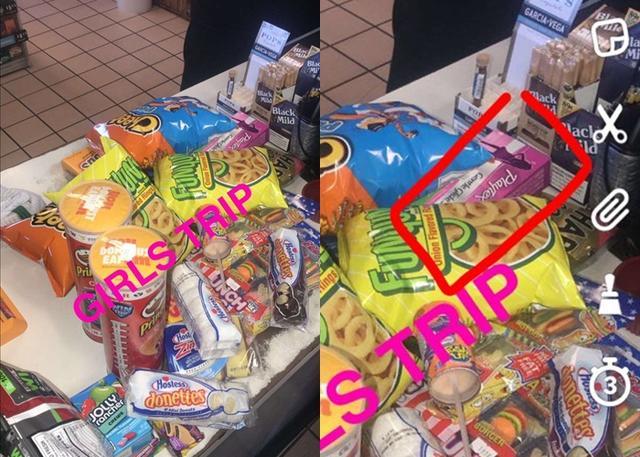 画像: たくさんのスナック菓子に混じってタンポンの箱がレジカウンターに置かれている。©Kylie Jenner / Snapchat