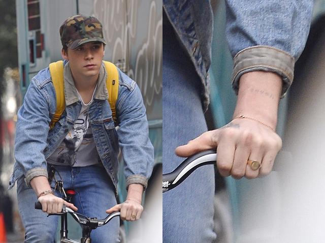 画像2: お互いのイニシャル入りのリングを着用
