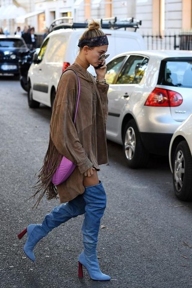 画像: 10月3日 モデルのヘイリー・ボールドウィン @パリ ショッピング