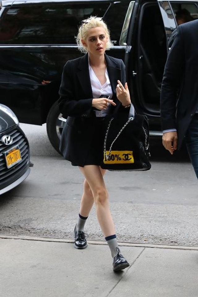 画像: 10月4日 女優のクリステン・スチュワート @NY ホテル