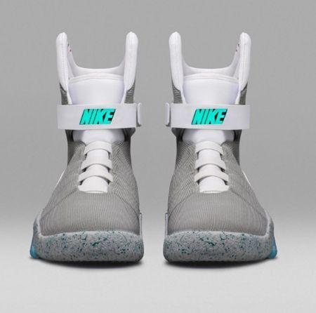 画像2: 『バック・トゥ・ザ・フューチャー』に登場した未来の靴がついに発売決定!