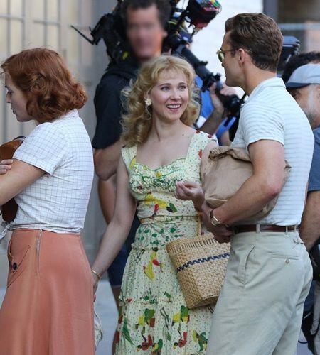 画像: 振り返って話しかけてきたジャスティンに、ジュノはこの笑顔。