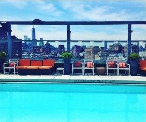画像: 屋上にはNYの街を一望できるプールも。