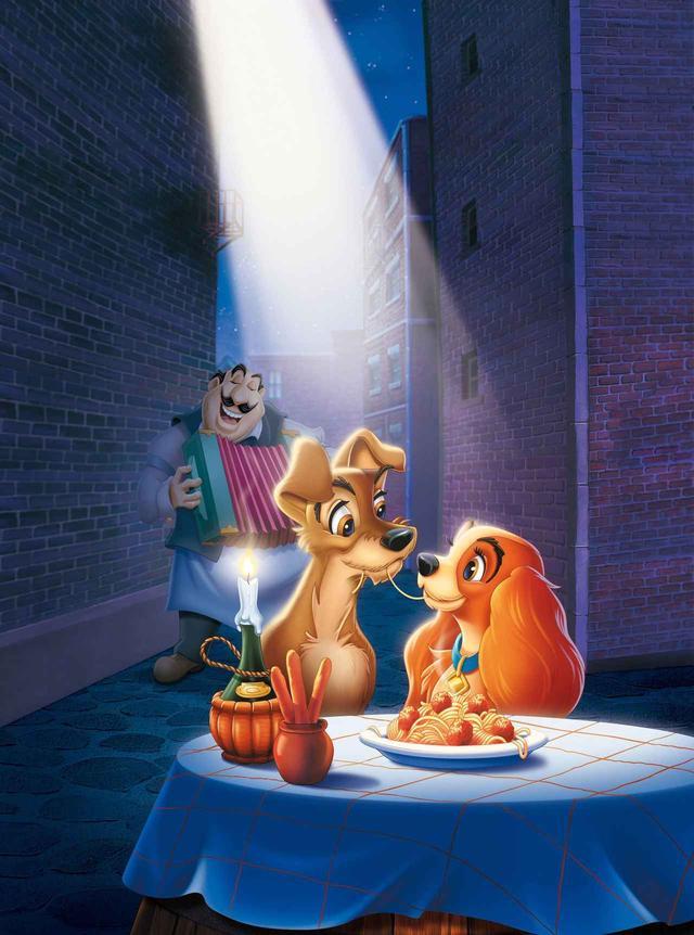 画像: 人気ディズニースターカップルが、ディズニーの名作のワンシーンを再現