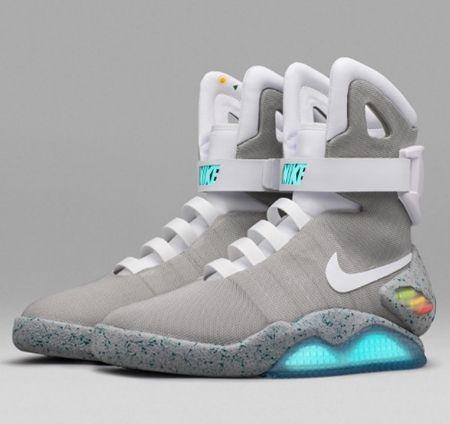 画像4: 『バック・トゥ・ザ・フューチャー』に登場した未来の靴がついに発売決定!