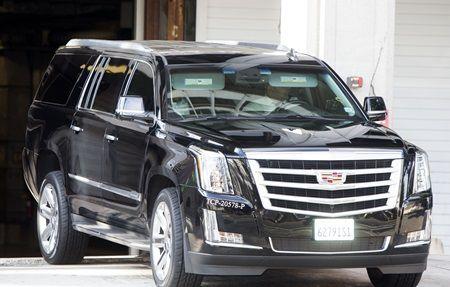 画像: 車で裁判所をあとにしたケンダル。
