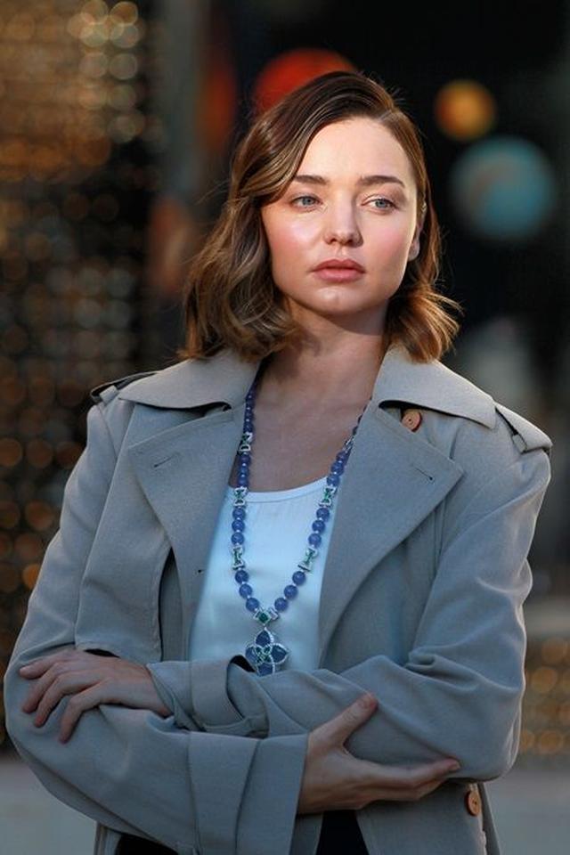 画像2: ミランダ・カーがパリでルイ・ヴィトン撮影、衣装よりも私服がセクシー