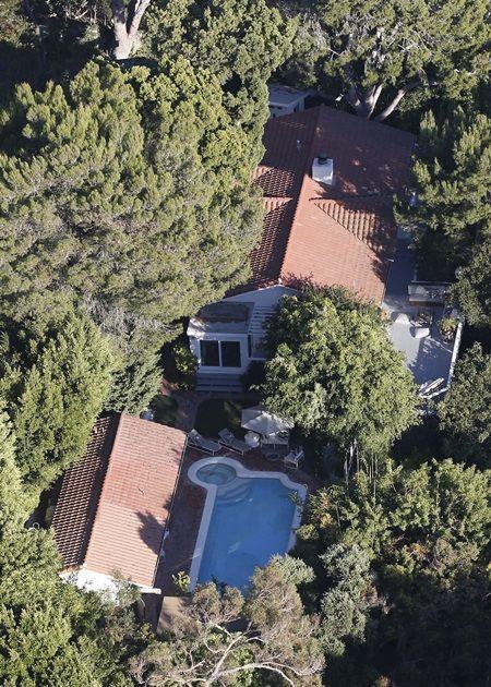 画像: 事件があったマリブの自宅。俳優のオーランド・ブルームと離婚後に購入した。