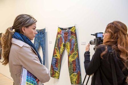 画像2: エマ・ワトソンやケイト・モスらセレブ100人が難民支援のためにジーンズを寄付