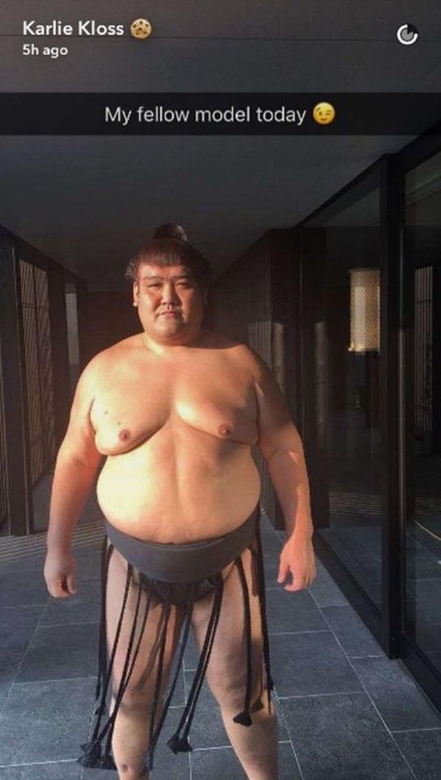 画像2: 人気モデルカーリー・クロスが来日!日本では一体何をしたの?