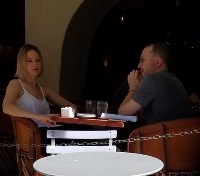 画像2: ジェニファーとダーレンのデート現場をキャッチ!