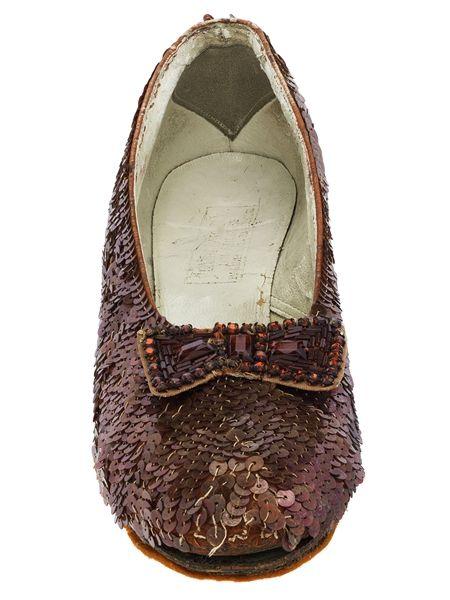 画像2: 『オズの魔法使い』でドロシーが履く「赤い靴」、修復費3,000万円を募集中!