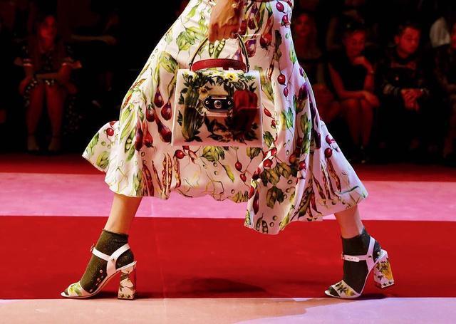 画像1: Instagram/Dolce & Gabbana