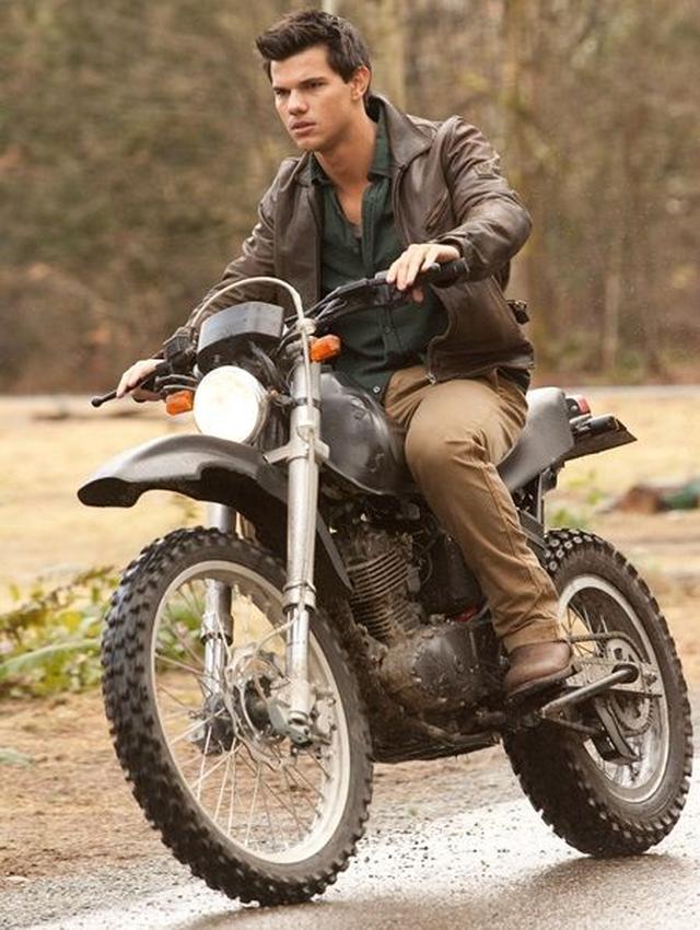 画像: 今回出品されたバイク。開始価格は25万円となっている。
