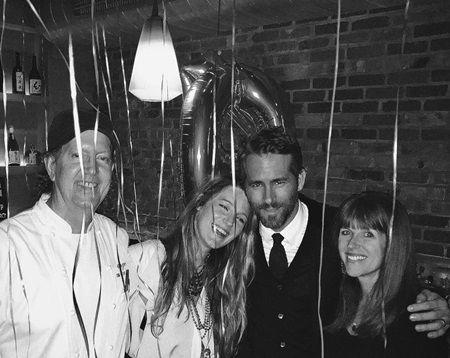 画像: オヤ・レストランも、インスタグラムで「誕生日おめでとう、ライアン・レイノルズ!たくさんの愛と寿司をこめて」とお祝いしていた。