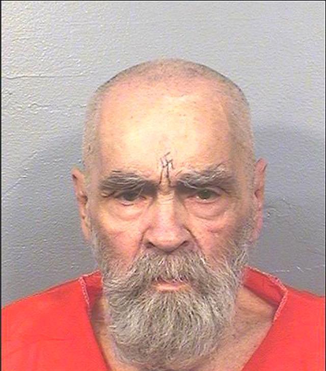 画像: 事件当時30代だった主犯格チャールズ・マンソンは終身刑を言い渡され、83歳だった今年11月に死亡した。