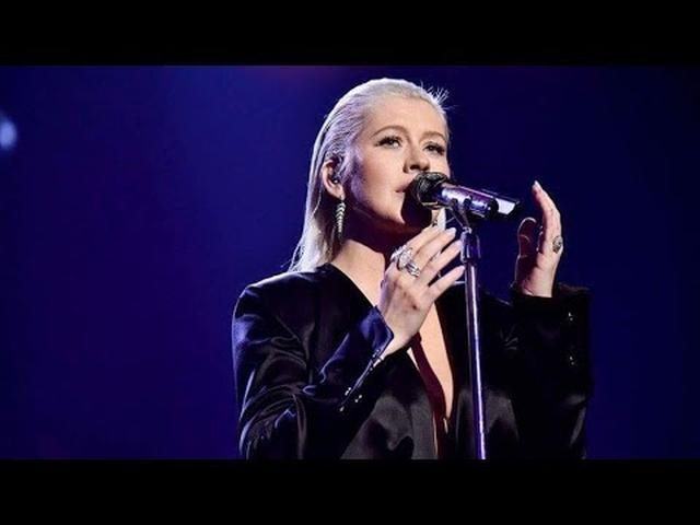 画像: [HD] Christina Aguilera - Whitney Houston TRIBUTE At AMA's 2017 www.youtube.com