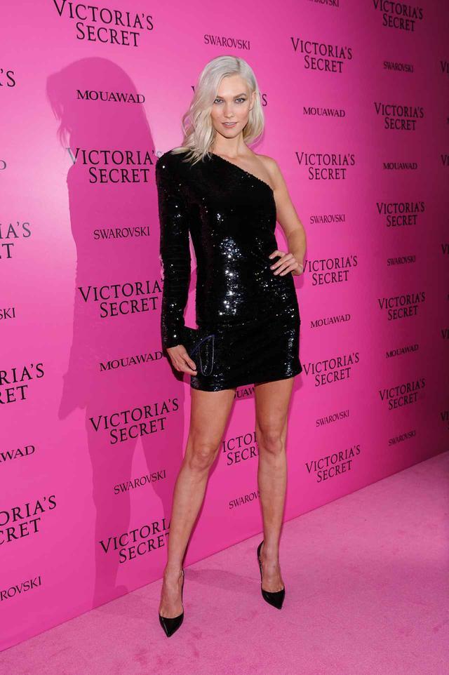 画像11: ヴィクシーショー2017、アフターパーティの豪華ドレス姿を拝見【VSショー】