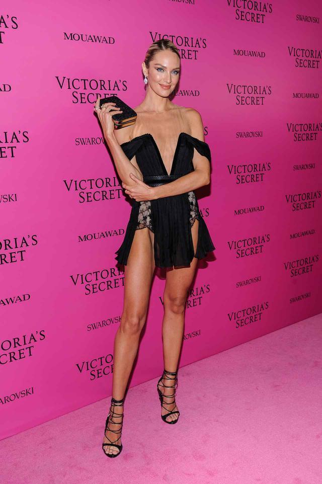 画像2: ヴィクシーショー2017、アフターパーティの豪華ドレス姿を拝見【VSショー】