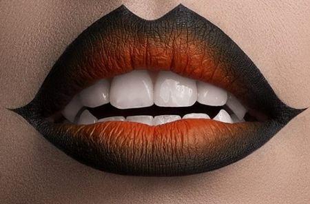画像: オレンジ×黒のオンブレリップでハロウィンカラー。 @sweetlyflawless