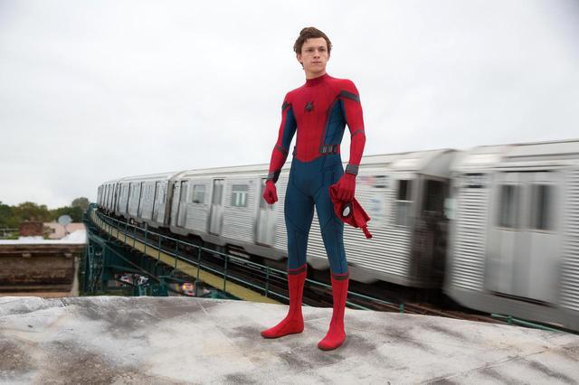 画像: 『スパイダーマン』俳優、アベンジャーズの先輩俳優にいじられまくる