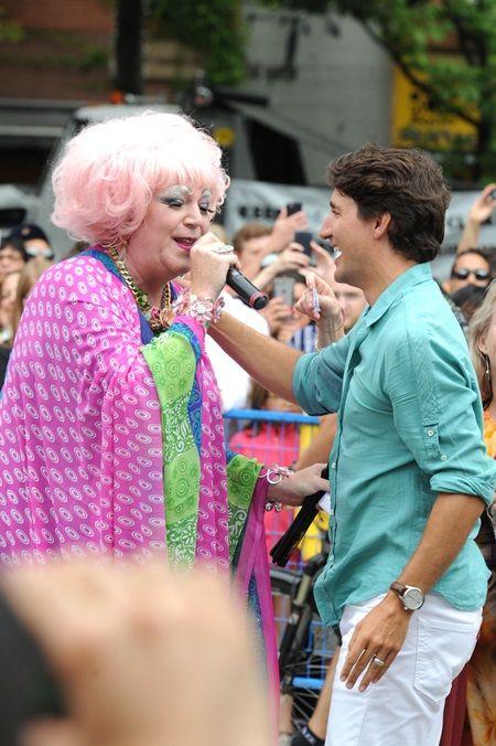 画像5: カナダ首相として初参加、トルドー首相がゲイプライドでテンションぶち上げ