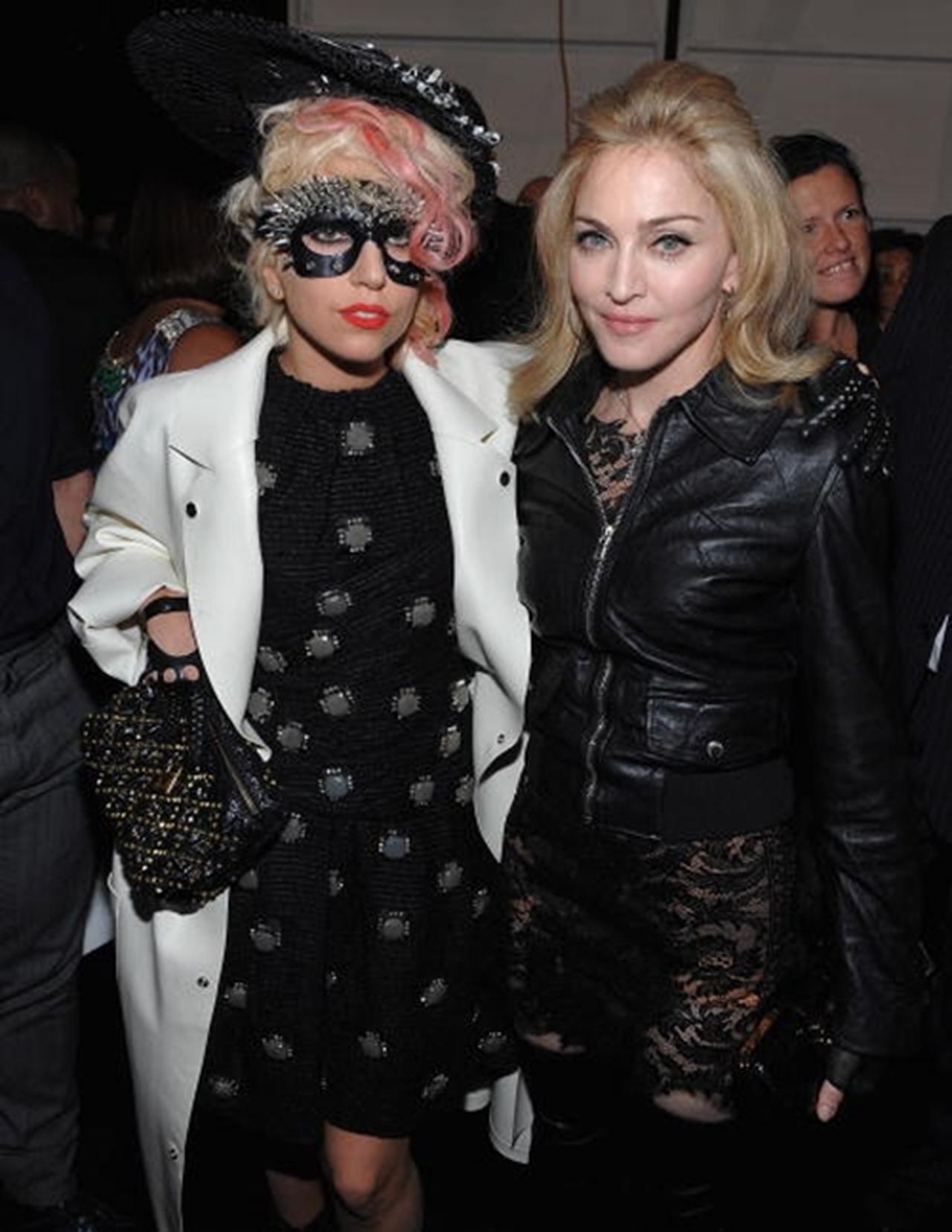 画像: レディー・ガガ(左)とマドンナ(右)。