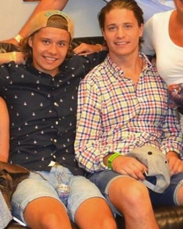 画像: 弟(左)とカイゴ。