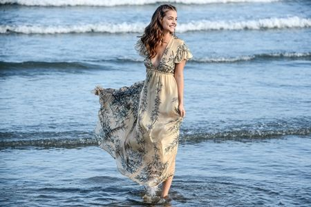 画像: 「かわいすぎるモデル」バーバラ・パルヴィンのビーチでの撮影がかわいすぎる