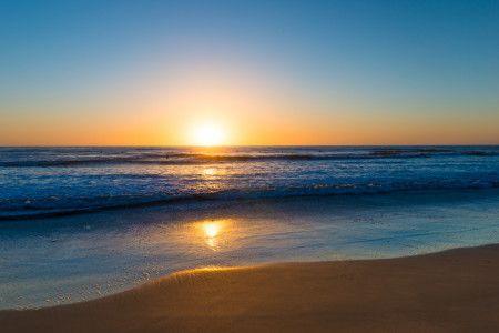 画像2: ジェニファー・ローレンスは日没頃からリラックスタイム