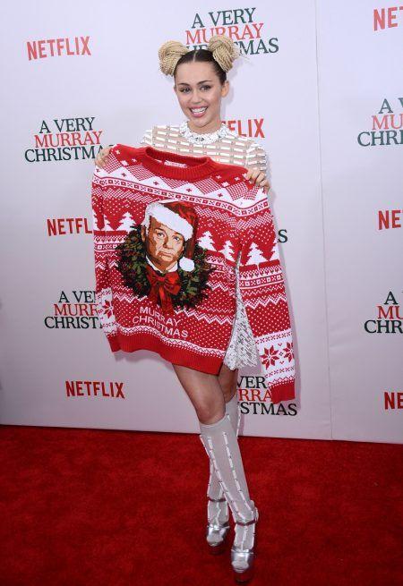 画像: フロントロウ編集部が確認したところ、チャリティ関連イベント以外でマイリーがレッドカーペットに登場したのは、確かに昨年12月の『ア・ベリー・マーレイ・クリスマス』が最後だった。