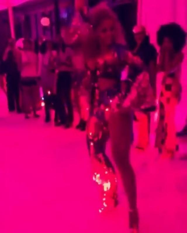 画像1: Instagram投稿の投稿者: Beyoncéさん 日時: 2016  9月 6 5:31午前 UTC www.instagram.com
