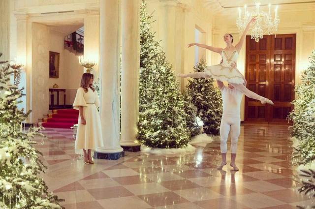 画像2: ツリーだらけのホワイトハウス