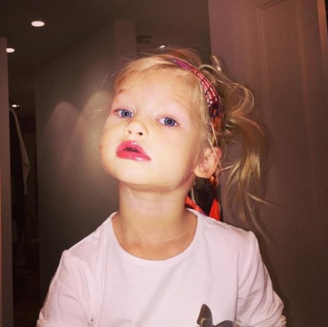 画像2: 5歳児が化粧をするのはアリ?ナシ?