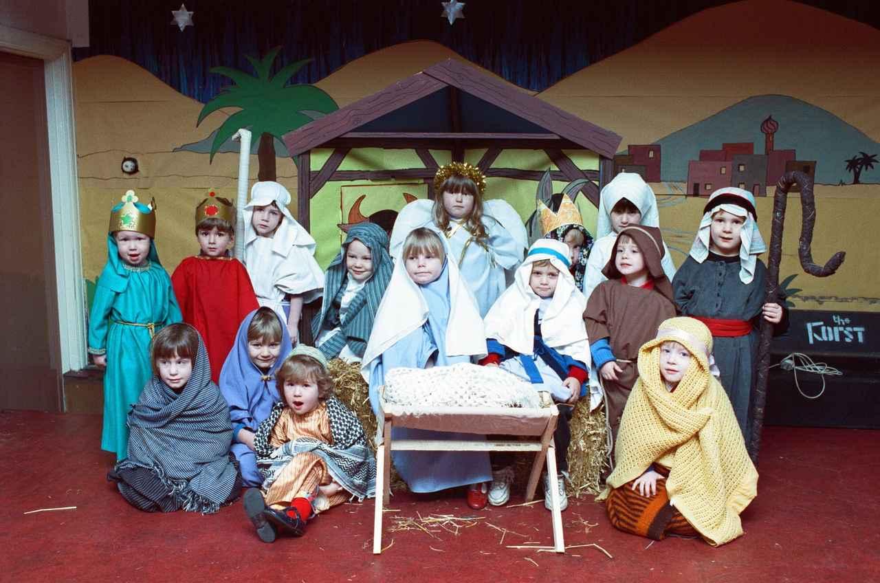 画像: 子どもたちによる「キリスト降誕劇」の一例。
