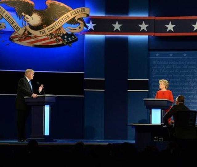 画像: アメリカ大統領選のテレビ討論会に対するセレブたちの反応