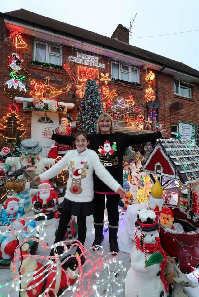 画像2: 一般人が本気でクリスマスの飾りつけをするとこうなる