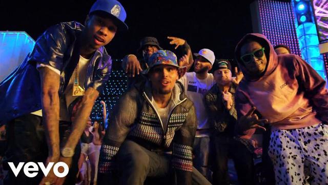 画像: Chris Brown - Loyal (Explicit) ft. Lil Wayne, Tyga youtu.be