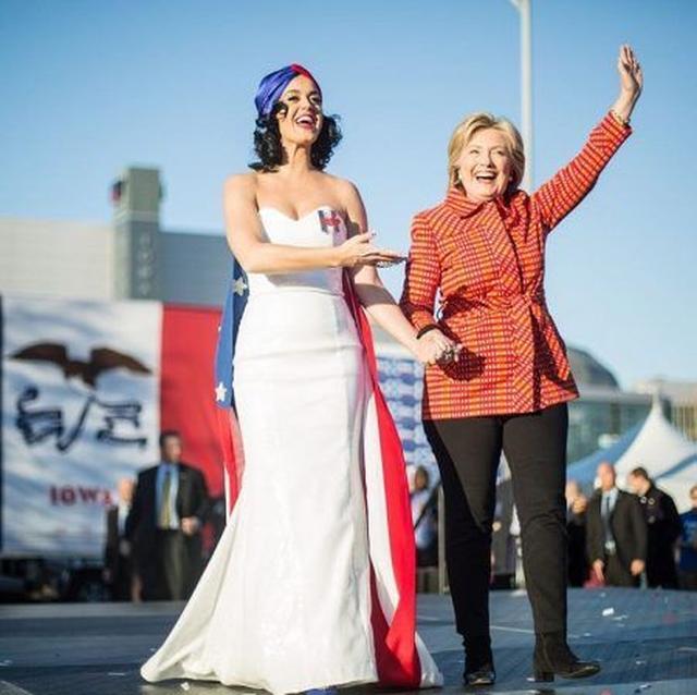 画像3: シンガーのケイティ・ペリーがヌードに!体を張って米大統領選への投票を呼びかける