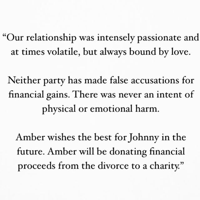 画像1: Instagram投稿の投稿者: Amber Heardさん 日時: 2017 12月 8 3:30午前 UTC www.instagram.com
