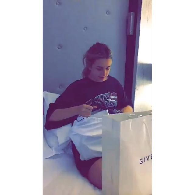 画像1: Instagram投稿の投稿者: Selena Gomez ♡さん 日時: 2016  8月 11 5:52午後 UTC www.instagram.com