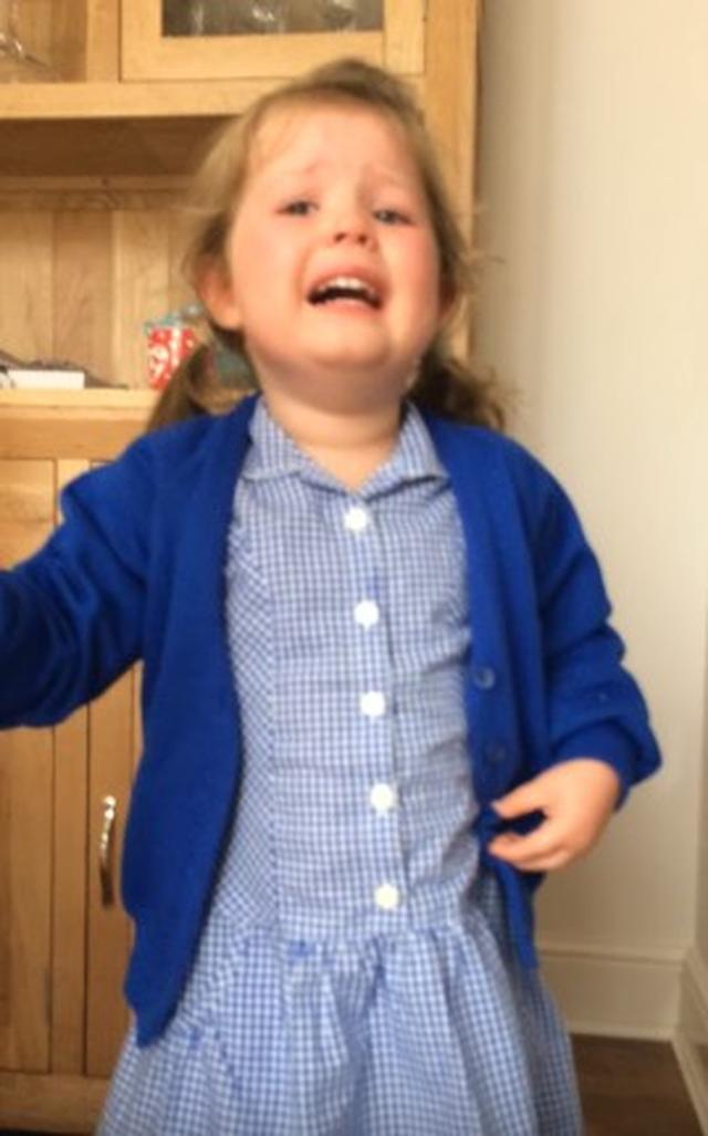 画像1: 「妹がよかったのに!」弟が生まれることが発覚し大号泣する少女が可愛すぎる