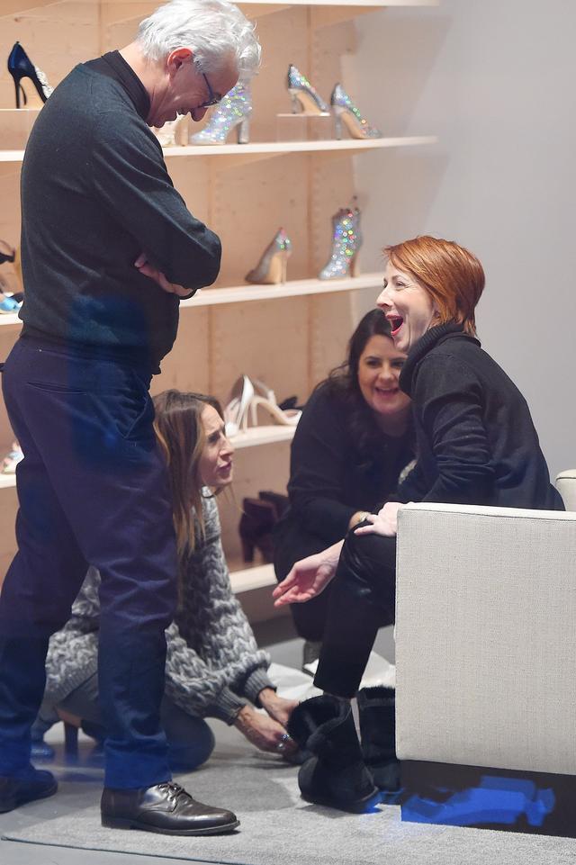 画像2: こんな贅沢ありますか?『SATC』キャリー役女優が全力で一般人の靴選びを手伝う